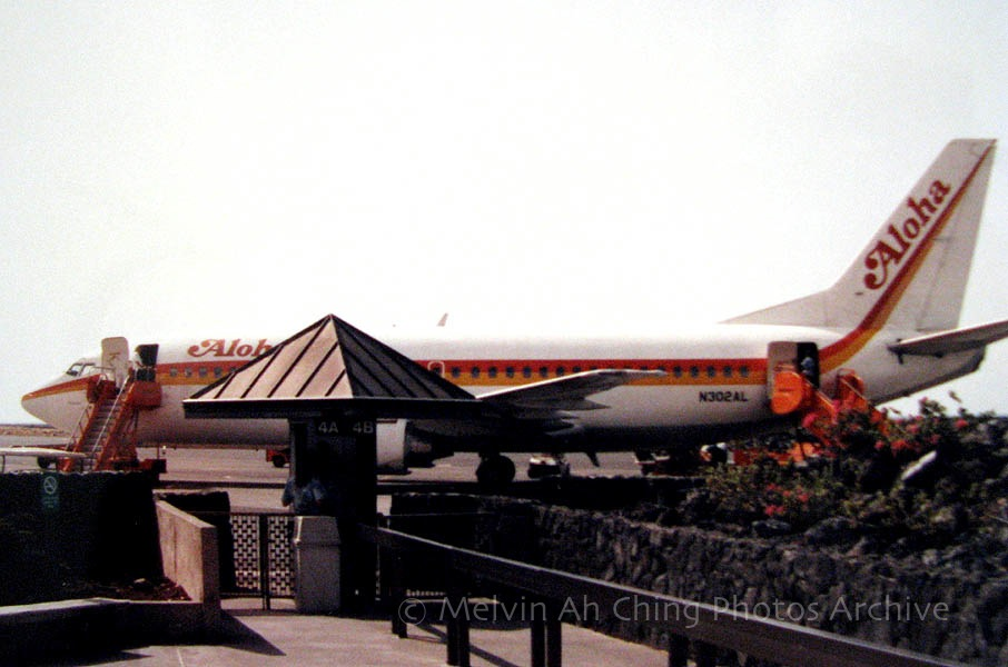 Aloha Airlines 737 at Kona